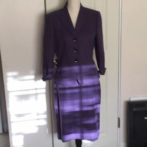 Perfect Like New Skirt Suit